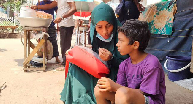 LEEDO outreach worker in Dhaka